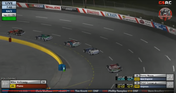 Matt Hoose leads Matt Shinoski and Donny Moore through turns 1 and 2 early in the race.