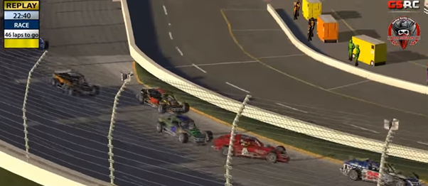 Mike Holloway (#4) loses it in turn 1 after contact with Ernie Brown (#8).